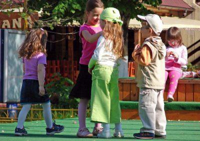 Hvorfor er det så viktig at barn er i bevegelse?